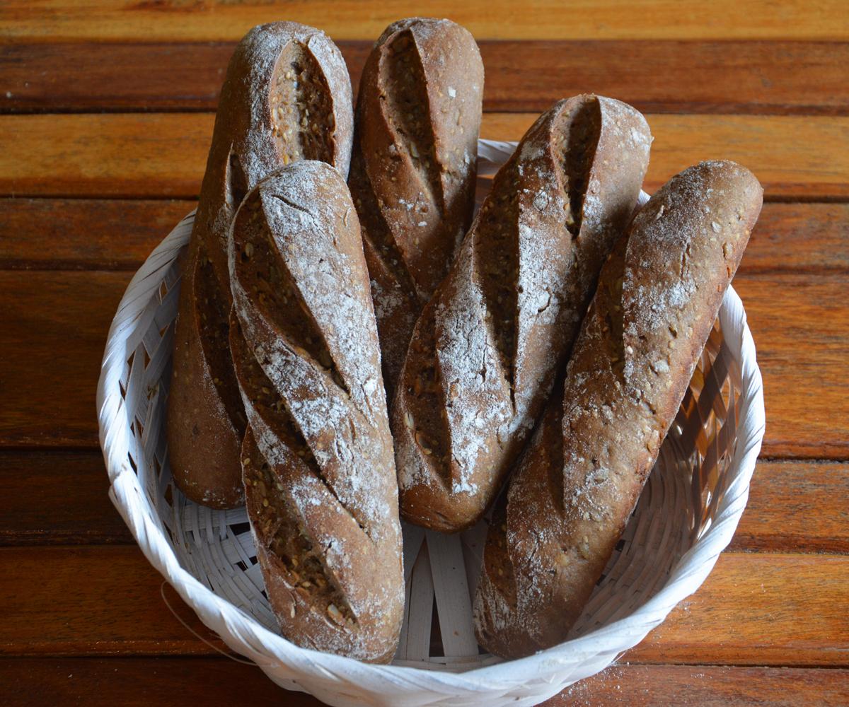 Cay-glutenfreiesBaguette-glutenfree-JuteBackerei