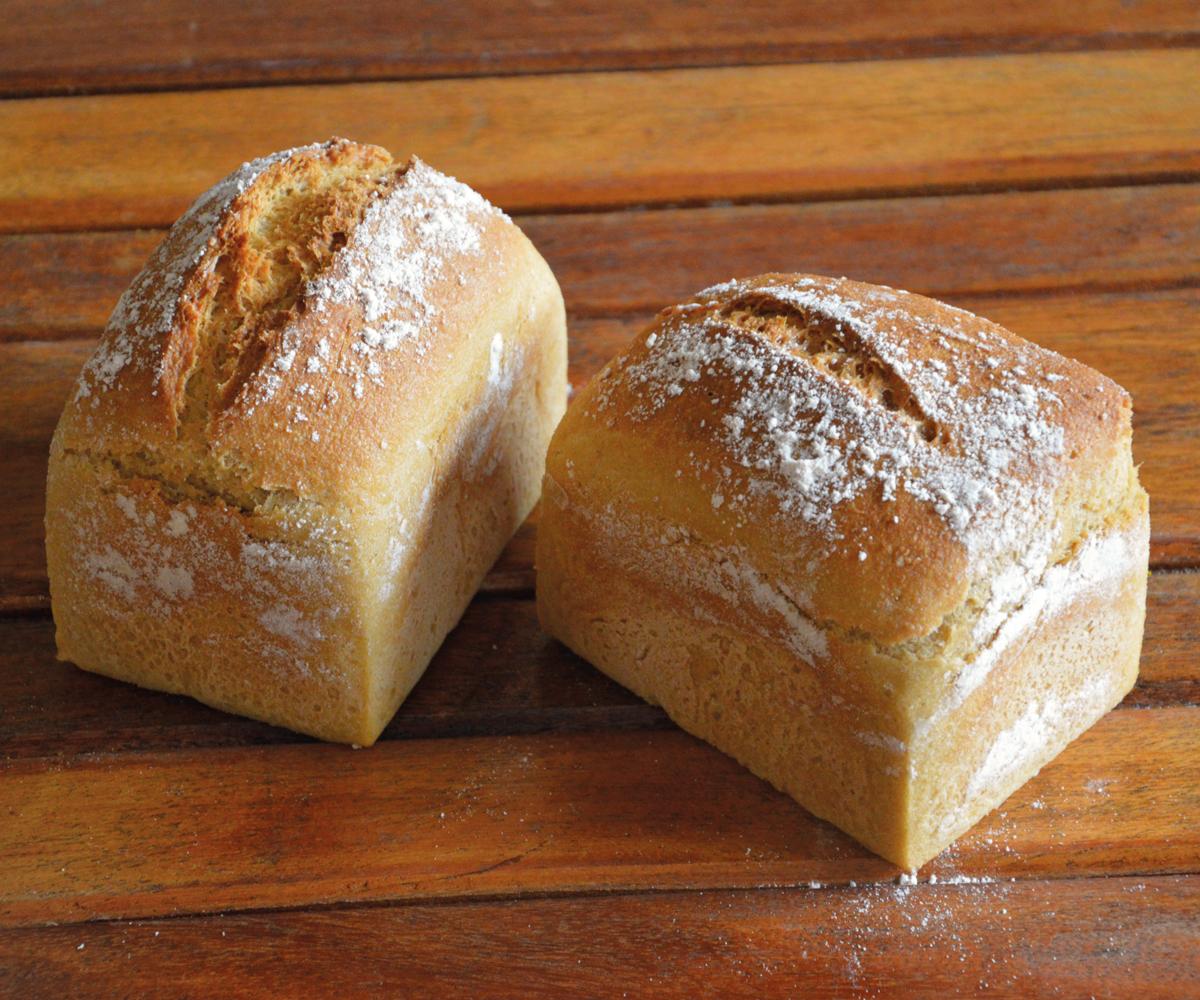 Michi-glutenfreiesWeissbrot-glutenfree-JuteBackerei
